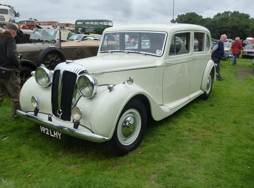 DE27 1947 Windover six-light limousine