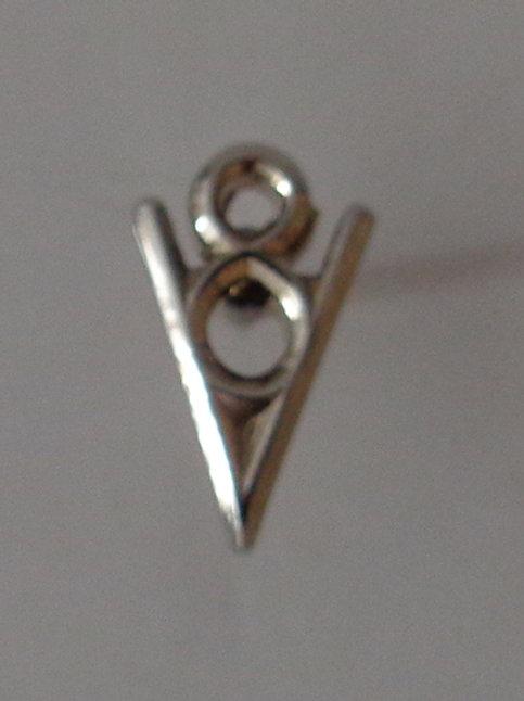 V8 pin badges