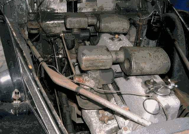 As found - engine bay (2).jpg