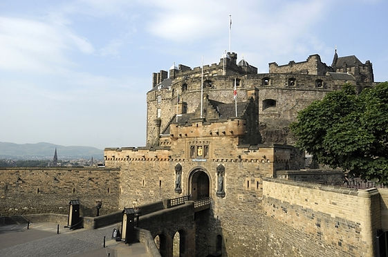 Edinburgh castle (2) 600.jpg