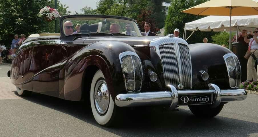 Docker Daimlers (2).jpg