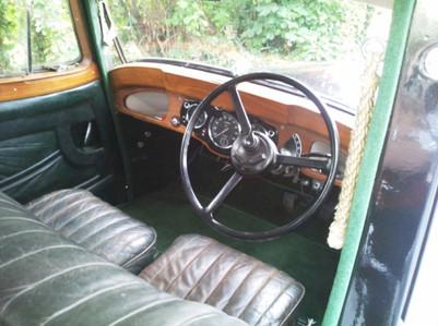 5) Daimler 6-light Saloon AOL700 (2) K.B