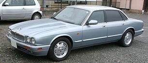 Jaguar XJ6 X300 1995-1997.jpg