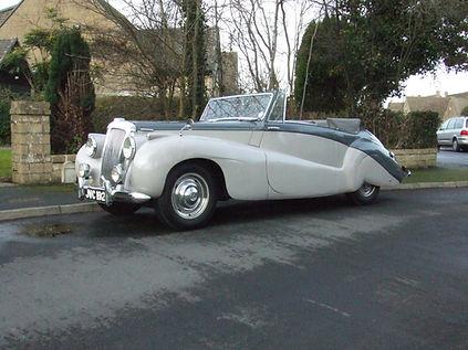 JVC192 Daimlers Press Car (3).jpg