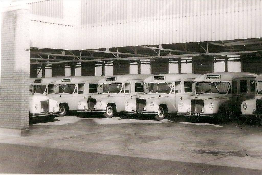 Daimler DC27 Group.JPG