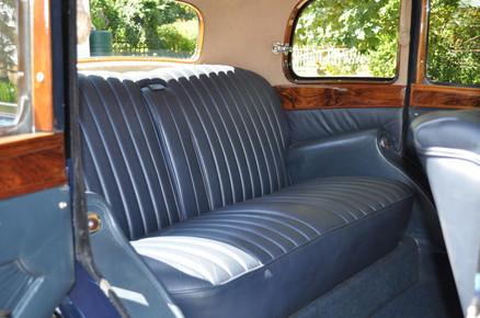 4) Daimler-bodied 6-light Saloon B.E.Smith Collection VN8275 Interior