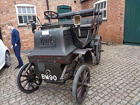 Daimler 1899 600.JPG