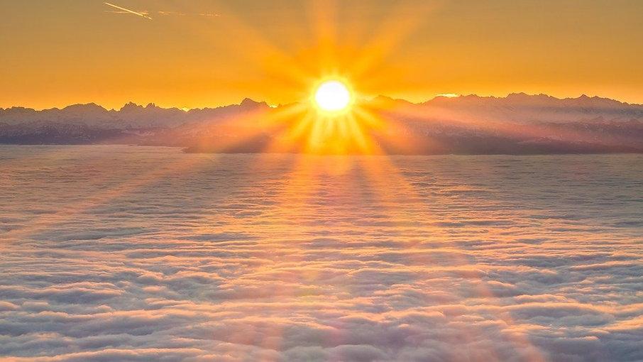sunrise-3909583_960_720.jpg