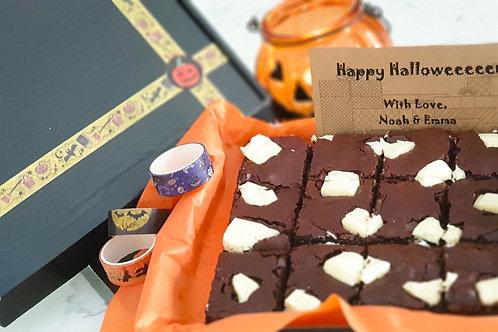 Box of 12 White Chocolate Halloween