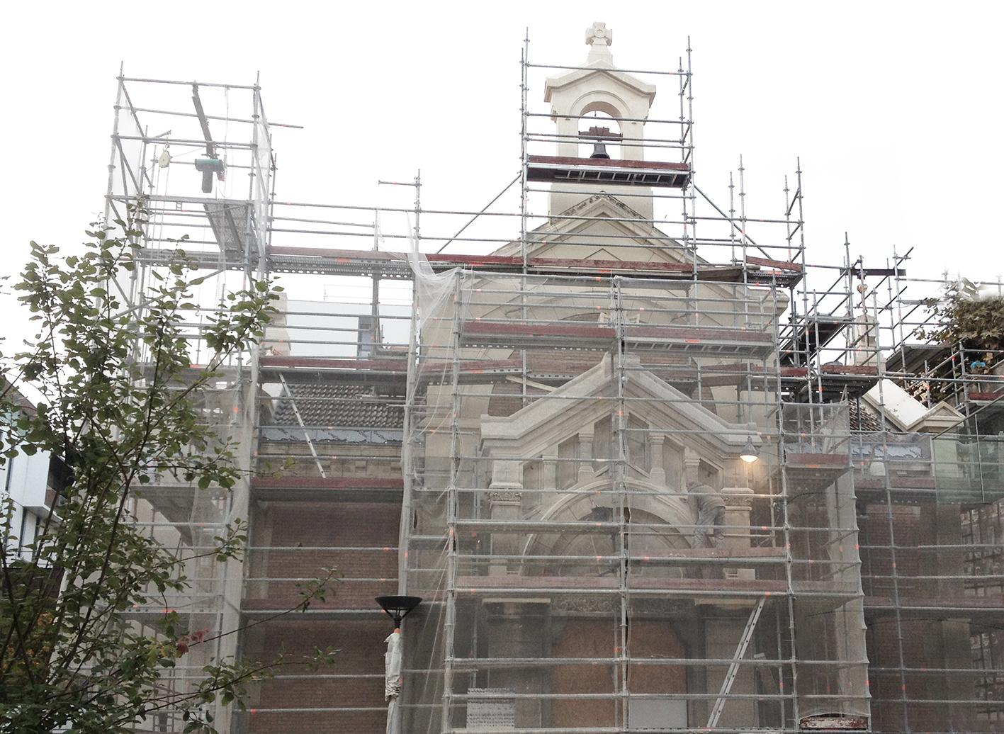2-Nettoyages de la facade en cours