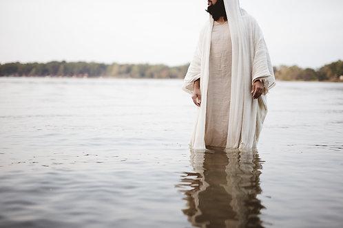 Chúa Giêsu Đi Dưới Nước