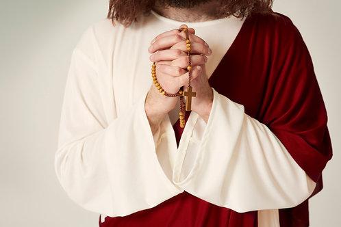 Chúa Giêsu Cầm Tràng Hạt Cầu Nguyện