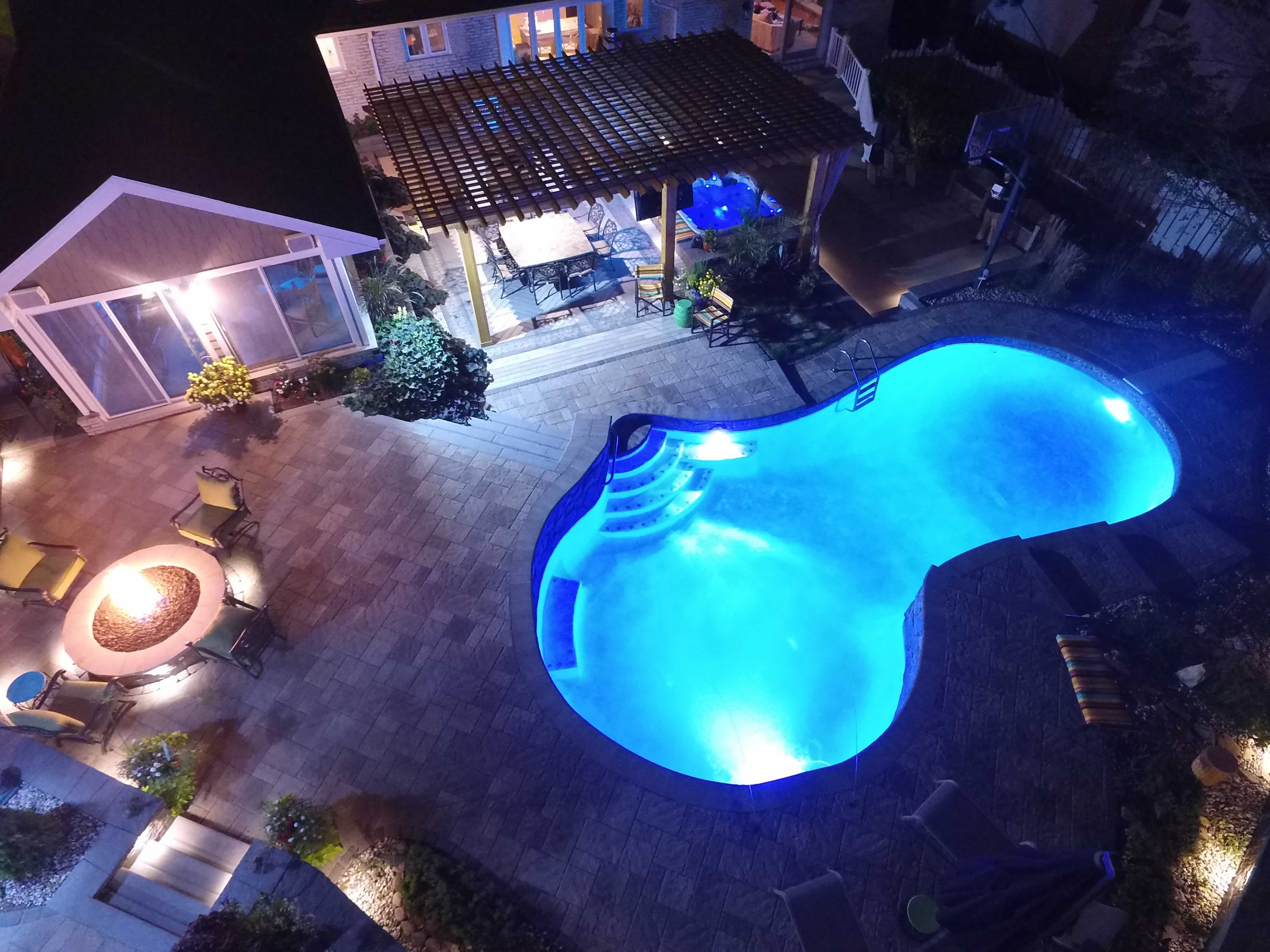 All Seasons Pools, Spas & Outdoor Living (2)