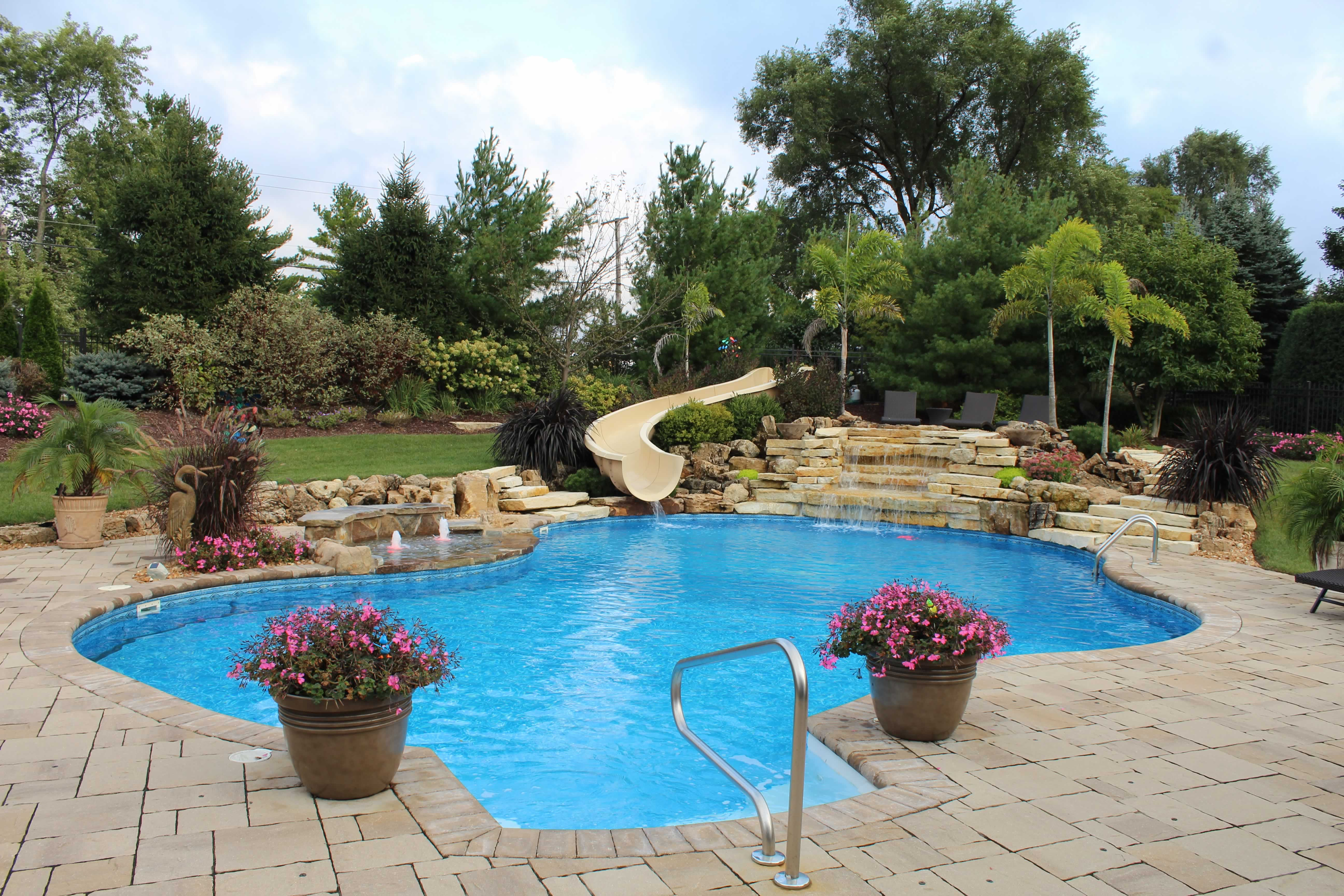 All Seasons Pools, Spas & Outdoor Living (11)
