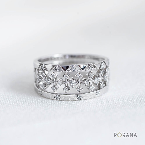 3 Stacking Delicate Diamond rings, Pa Sinh collection