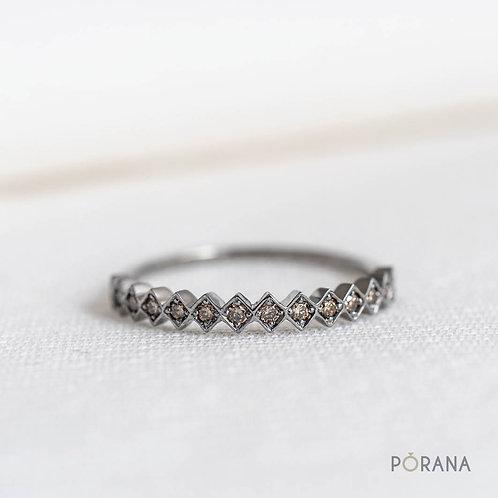 WEAVE   Champagne Round Diamond Band ring