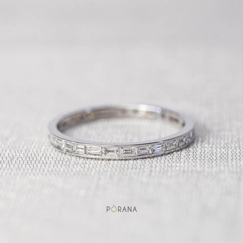 kirk cut set bands diamond baguette gold and band img wedding hand from in products diamonds featuring carats white the kara engraved ring grande round collection charlotte