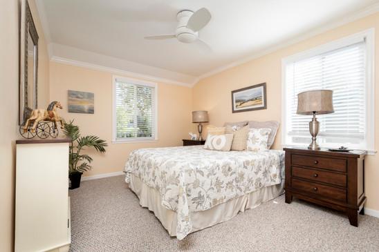 20 - Bedroom (1012) - 1010-1012 S Idaho.