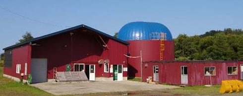 北海道の北東部に位置する町、興部(おこっぺ)町でバイオマスをしています、支倉牧場です。