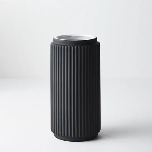 Culotta Vase 25cm - Black