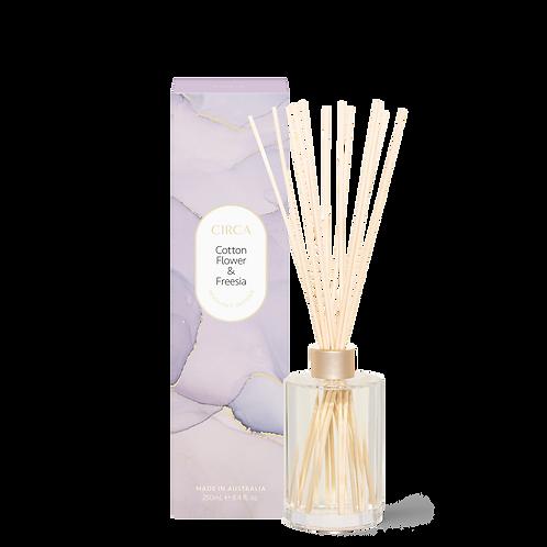 Circa Diffuser 250ml - Cottonflower & Freesia