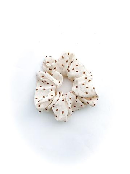 Scrunchie - Natural Polka Dot