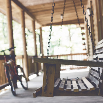 The Lost Virtues of Porch Sitting