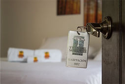 habitaciones villa del marques, hotel santa fe de antioquia, hotel medellin