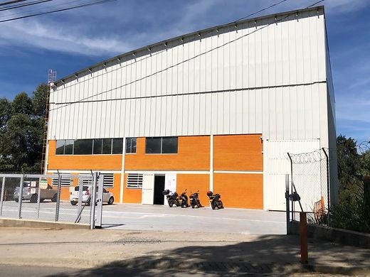 Sede principal Helios, fabricante, color, autoimotriz, empresarial, fabrica de pinturas, pinturas especializadas, autos