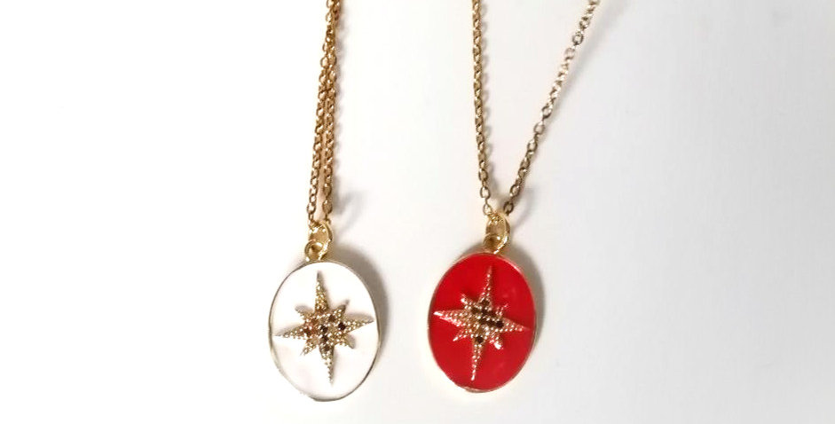 Collier Red Star
