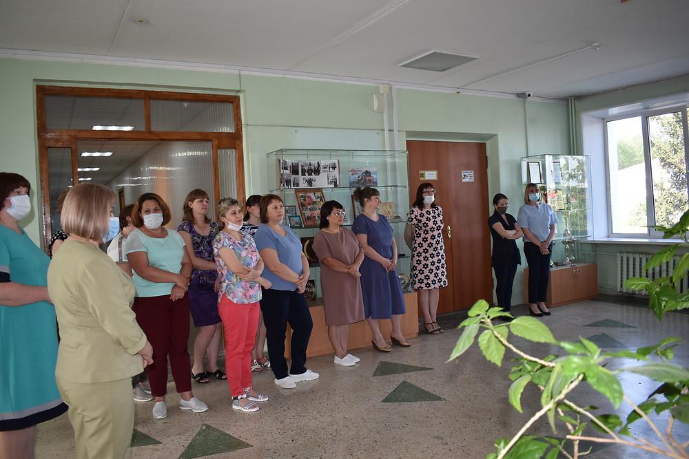 Сотрудники администрации ГО Красноуфимск - участники открытия выставки