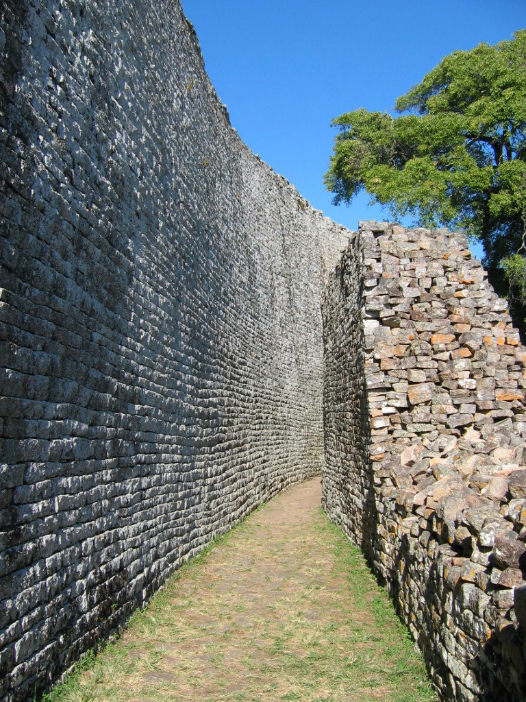 Great_zimbabwe_2
