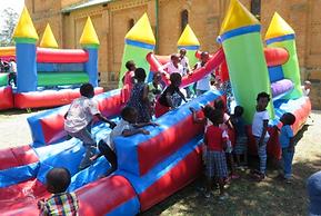Christmas Feast for Children – Jabuland