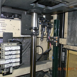 Inside view 2, Pneumatic system components