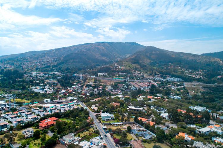 Vista al Volcán Ilaló