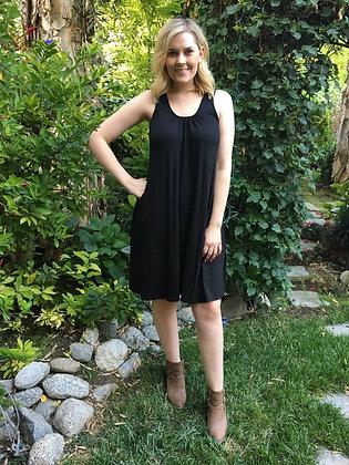 D 143 Solid Lace Back Dress
