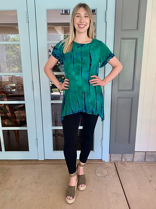 T 608 Emerald Round Neck Flutter Tunic Top
