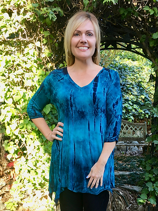 T 545 Turquoise Teal & Black V Neck Tunic