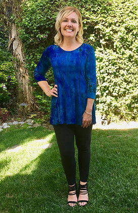 T 551 Multi Blue Round Neck Top