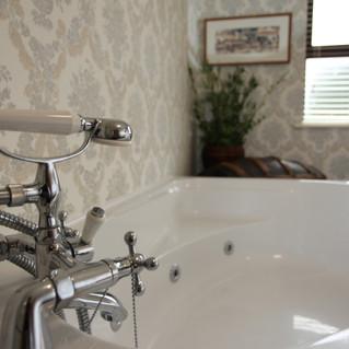 Valley Room Bathroom