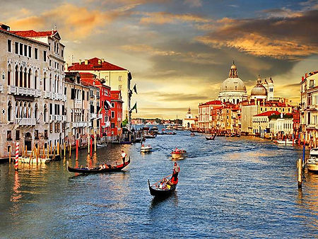 Venice Italy on Savvy Smal Group