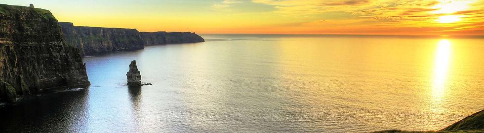 Cliffs-of-Moher-Sunset-ss_69524065.jpg