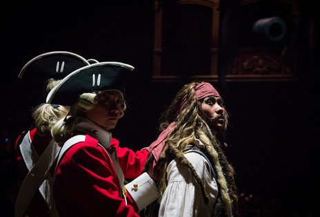 pirates-stunt-show-shanghai-disneyland-0