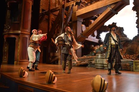 el_teatro_fandango_treasure_cove_disneyl