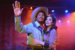 Eric-B.-Anthony-and-Amanda-Leigh-Jerry-i