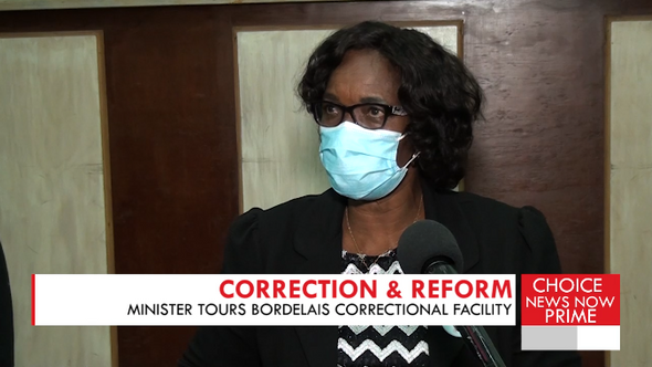 The Home Affairs Minister plans to decrease the inmate population at Bordelais