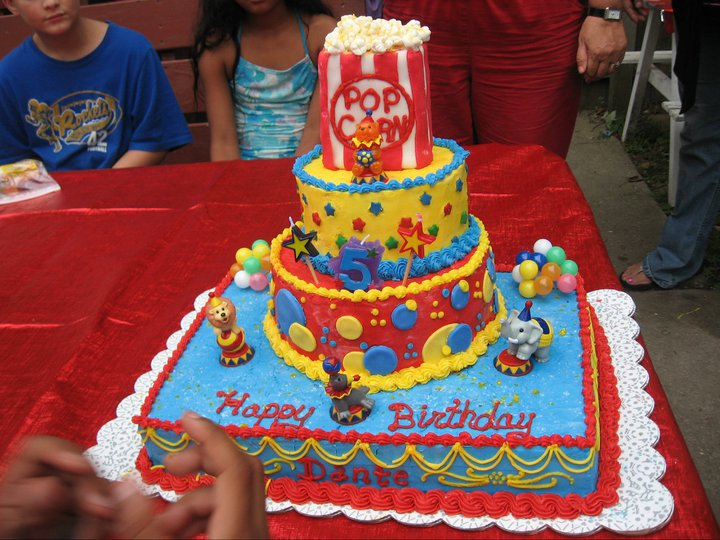 Facebook - Dante's 5th Birthday- Circus Cake (popcorn is mini marshmallows and c