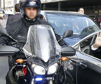 hollande-voiture-presidentielle_951587_e