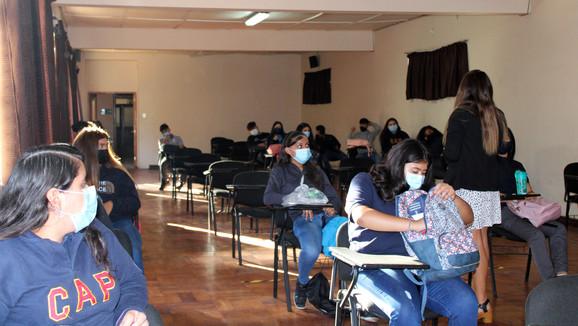 Vuelta a clases de Colegio Assunta Pallota se realizó simultáneamente de manera presencial y virtual