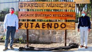 """Rebautizan oficialmente el Parque Municipal con el nombre de """"Alcalde Guillermo Reyes Cortez"""""""